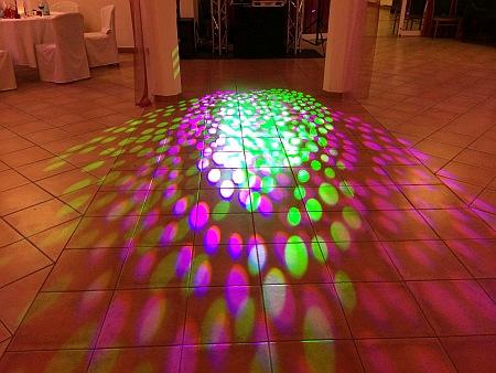 Gut Gnewikow Hochzeitsfeier Lichteffekte