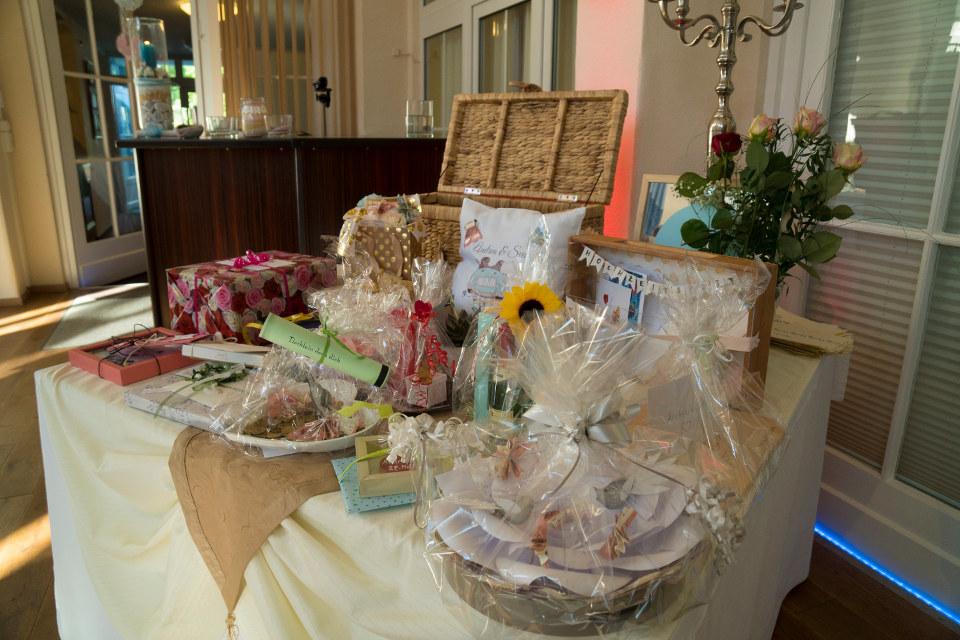 Geschenketisch zur Hochzeit in Fürstenwalde