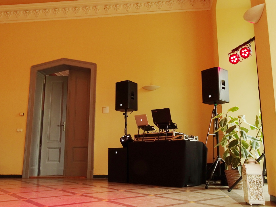 Schloss Kroechlendorff Hochzeit DJ Technik