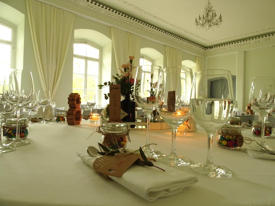 Speisesaal zur Hochzeit im Schloss Kröchlendorff