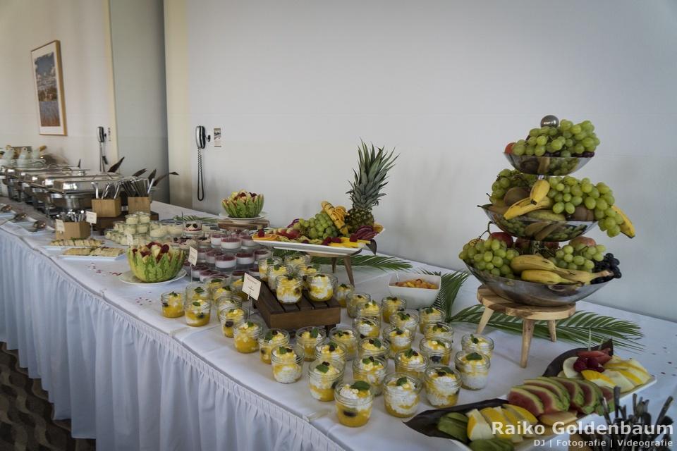 Arcona Hotel am Havelufer Potsdam Hochzeitsfeier kalte Speisen