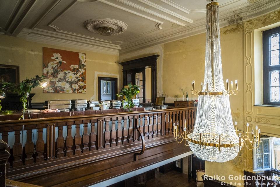Schloss Beesenstedt Hochzeit Kronleuchter