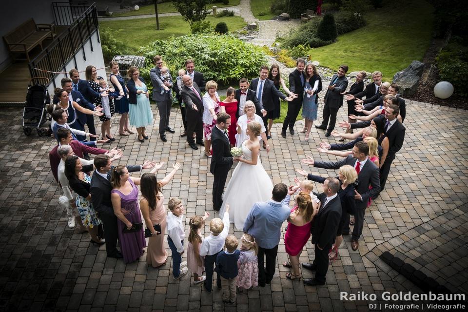 Arthotel Kiebitzberg Havelberg Hochzeit Gruppenfoto