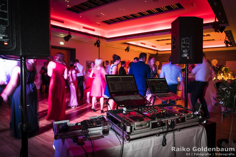 dj hannover dj mr raiko f r ihre hochzeit firmenfeier messeparty. Black Bedroom Furniture Sets. Home Design Ideas
