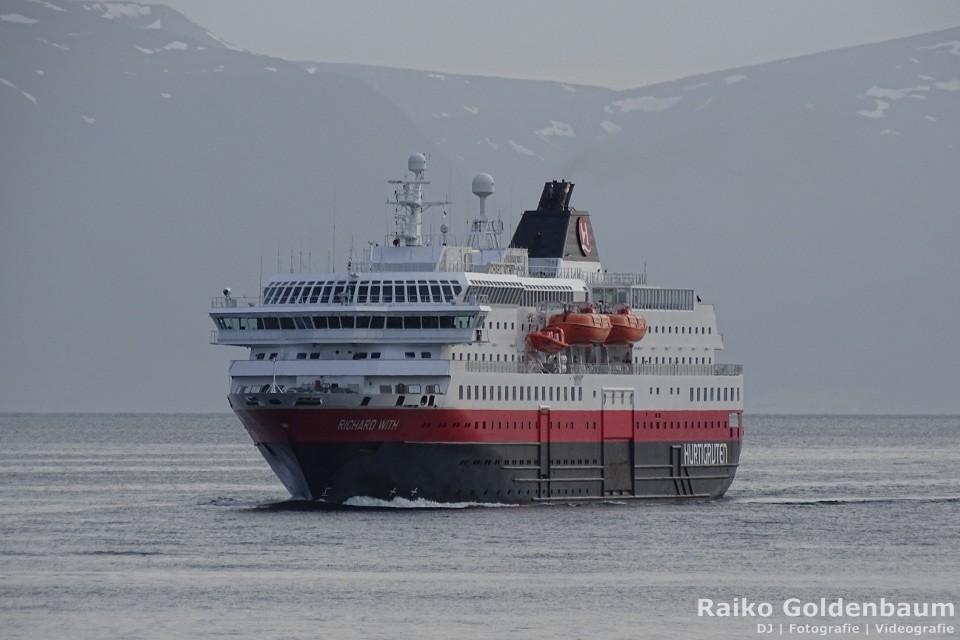 Hochzeit auf Hurtigruten Schiff mit DJ