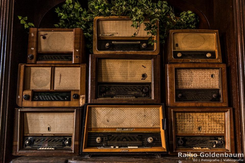 Schloss Beesenstedt 2018 alte Radios