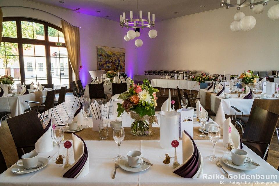 Schloss Burgk Freital Hochzeitsfeier Saal